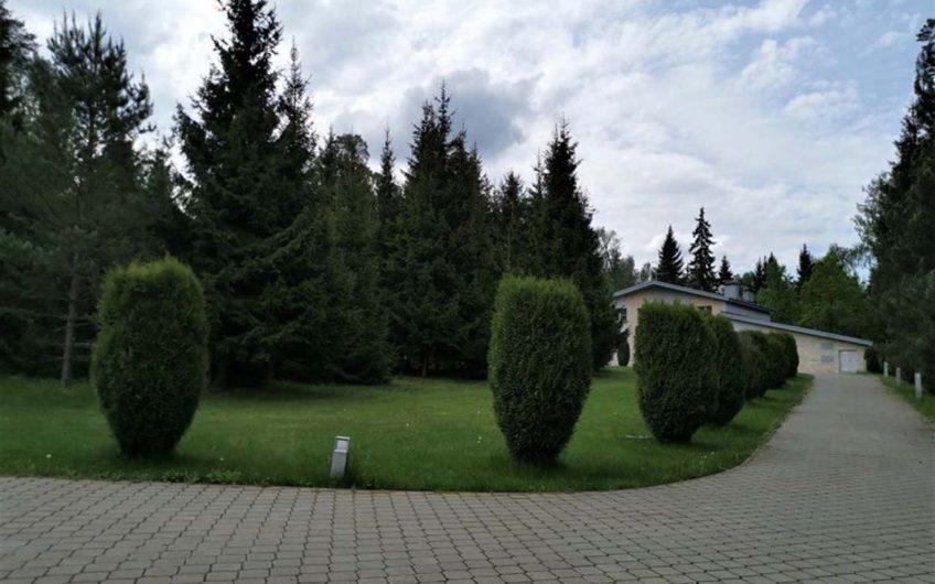 Коттедж — Рублёво-Успенское — 1700 м2