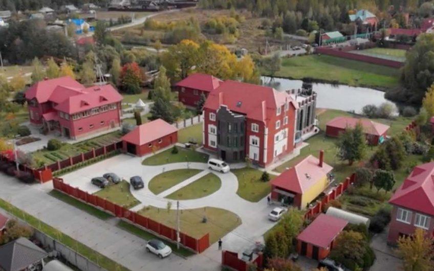 Коттедж – Троицк – 1100 м2